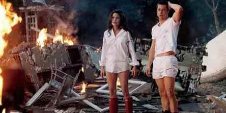 bratt-pitt-angelina-jolie-mr-and-mrs-smith-house-explosion