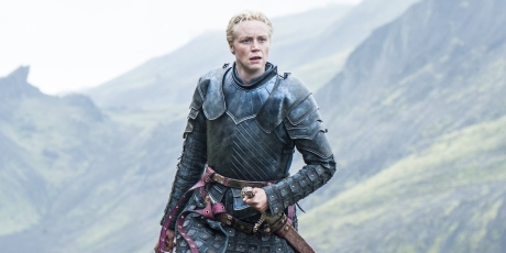 brienne-of-tarth-confused-in-game-of-thrones